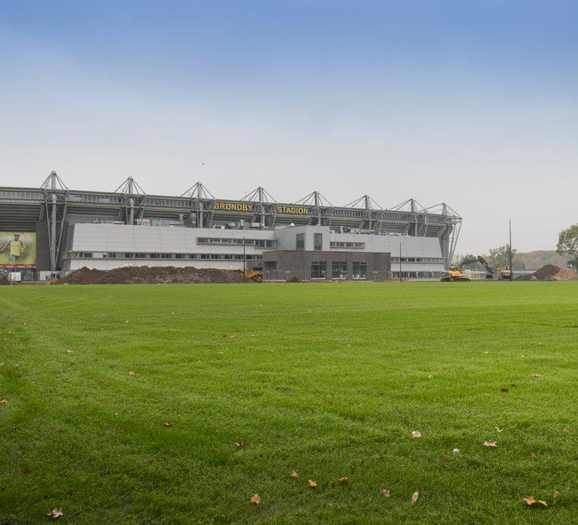 Brøndby Stadion – Hybridbane